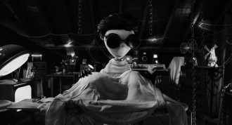 Young Victor Frankenstein re-animating his dog, Sparky